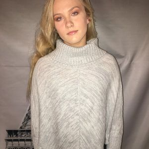 Sweaters - Gray turtle neck Cherokee sweater